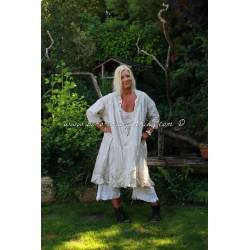 robe Mishaa blanche