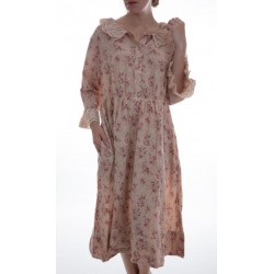 robe Clover O'Grady in Lovie