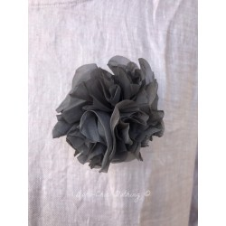 broche FLEUR organza gris