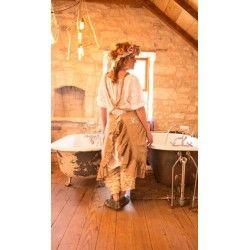 robe-tablier Abigail in Hazelnut
