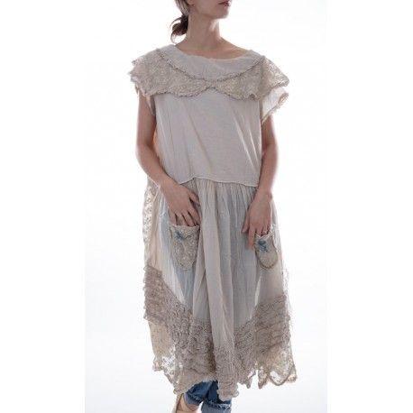 robe Henri in Antique White