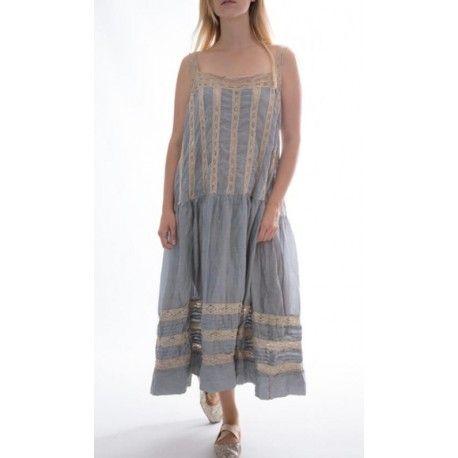 dress Amaia in Dove