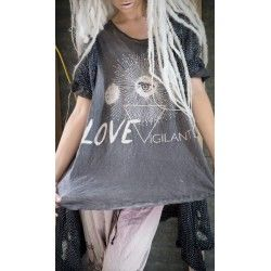 T-shirt Love Vigilante in Ozzy