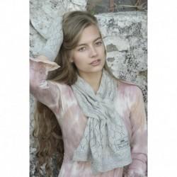 écharpe Knitted en gris clair