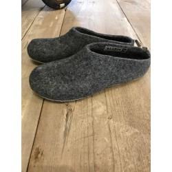 chaussons GUS gris foncé