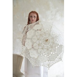 umbrella Vintage in Cream Lace