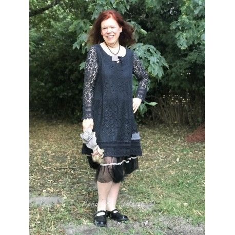 dress Blessed living in Black lace