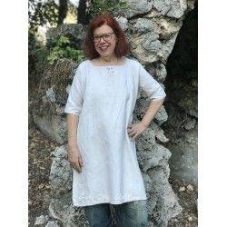 Robe ancienne  en lin avec monogramme A M
