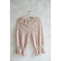 trousers Cosy romance in Dusty rose Lace