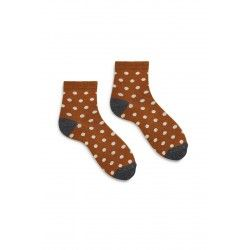 socks dot anklet in toffee cotton