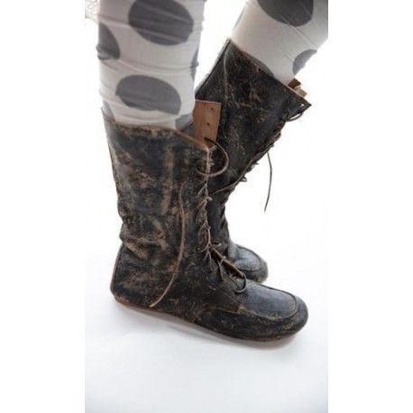 boots Australian Outback in Hawk
