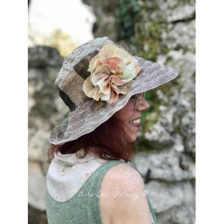 hat LAURA in taupe linen