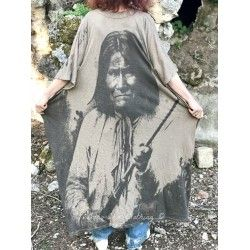 robe Native Art Veda Kaftan in Clay