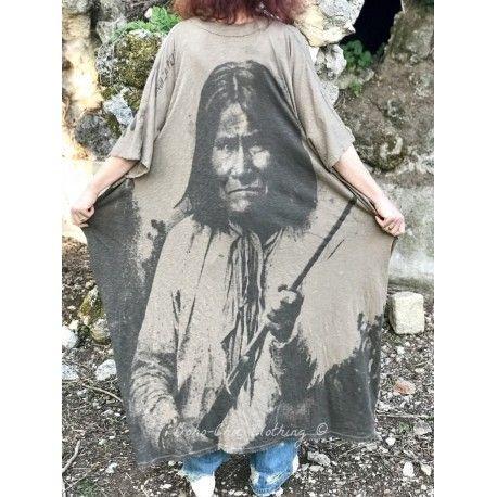 robe Native Art Veda Kaftan in Clay