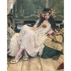 dress Lilian Kaftan in Antique White