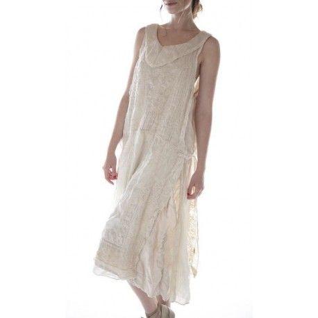 robe Halsey in Moonlight