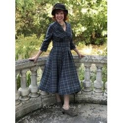 robe Della Katie