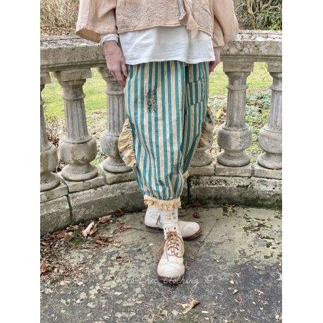 pantalon Drawers in Avignon Wallpaper & Blueberry Jam