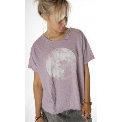 T-shirt Moon in Beautiful