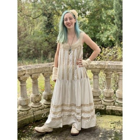 robe Amaia in Moonlight