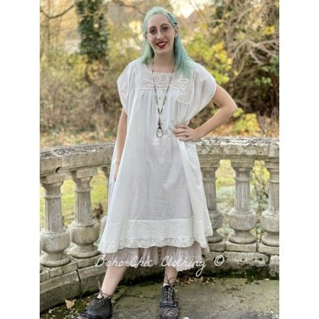 robe Devigny in Celestial