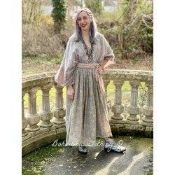 dress Hera in Aura