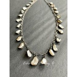 Collier Tiny pearls in Mother of pearl