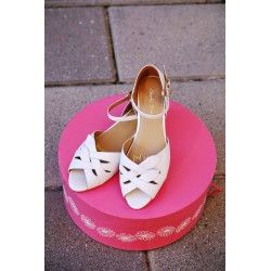 shoes Midge White