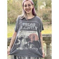 T-shirt Tread Lightly in Ozzy