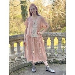 dress Loren in Anemone