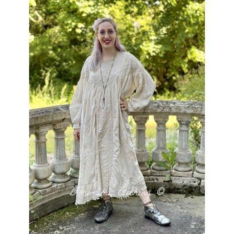 robe Irunka in Moonlight Magnolia Pearl - 1